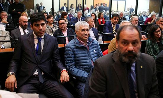 الحضور-فى-قاعة-المحكمة