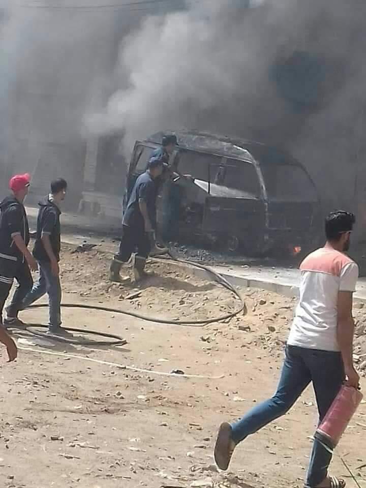 السيطرة على حريق سيارة بمنطقة كفر الجزار فى بنها (2)