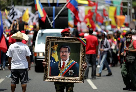 احتفالات بالذكرى السنوية الأولى لإعادة انتخاب مادورو رئيسا لفنزويلا (1)