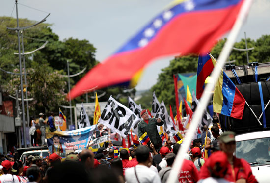 احتفالات بالذكرى السنوية الأولى لإعادة انتخاب مادورو رئيسا لفنزويلا (2)