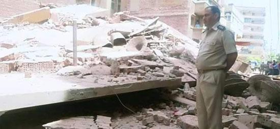 انهيار منزل (2)