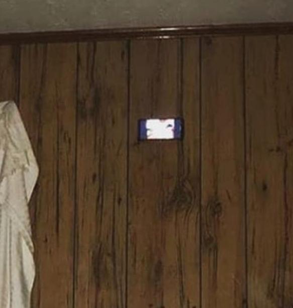 السخرية من قاعات السينما فى حياة الأثرياء