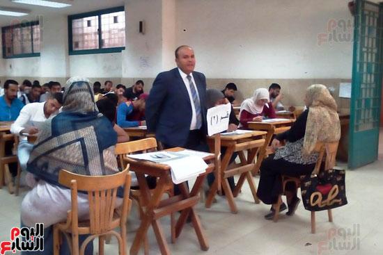 جامعة عين شمس تجتاز الأسبوع الثالث للامتحانات بنجاح (4)