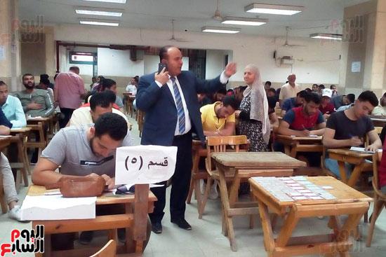 جامعة عين شمس تجتاز الأسبوع الثالث للامتحانات بنجاح (5)