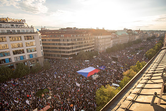 مظاهرات فى التشيك ضد وزيرة العدل