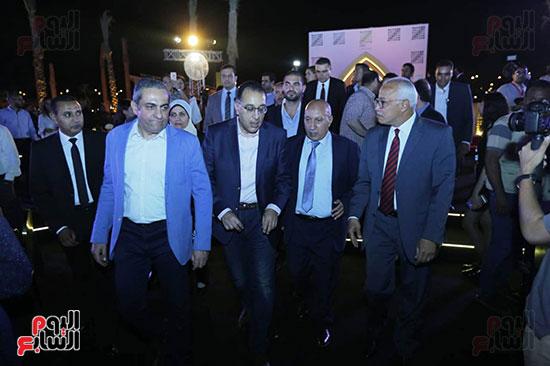 رئيس الوزراء يصل حفل تطوير مشروع حديقة الشيخ زايد (2)
