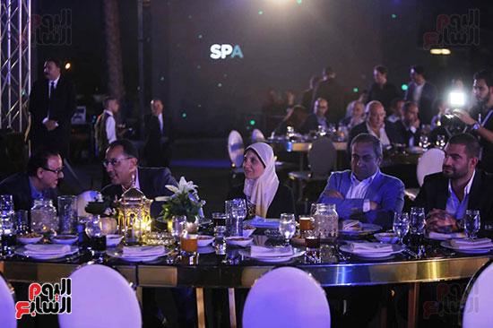 رئيس الوزراء يصل حفل تطوير مشروع حديقة الشيخ زايد (15)