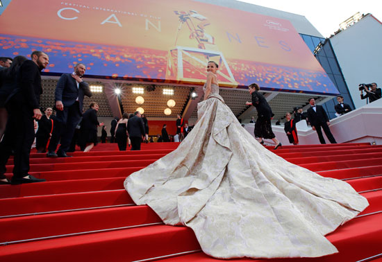 2019-05-22T165034Z_2140331823_UP1EF5M1ASADS_RTRMADP_3_FILMFESTIVAL-CANNES-OH-MERCY