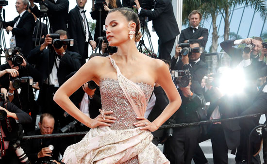 2019-05-22T165105Z_890273983_UP1EF5M1AT4DU_RTRMADP_3_FILMFESTIVAL-CANNES-OH-MERCY