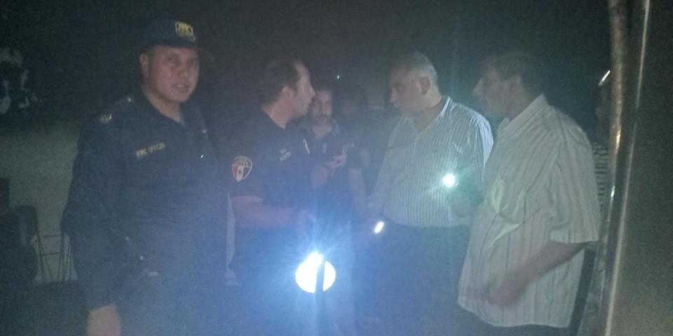 السيطرة علي حريق داخل  شقة سكنية بحي غرب مدينة أسيوط  (4)