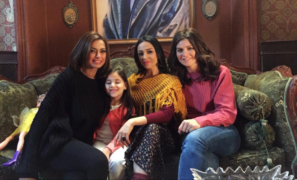 مريم حسن ويسرا اللوزى وداليا مصطفى