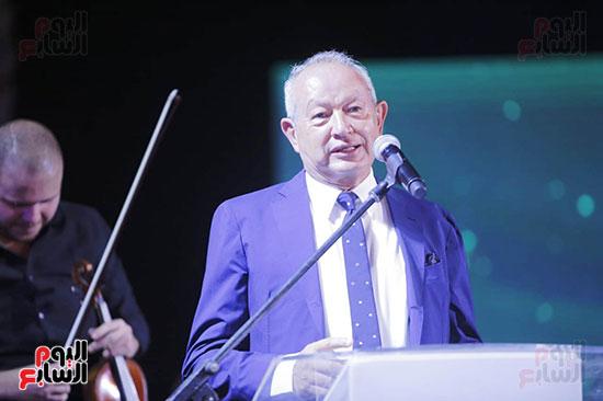 رئيس الوزراء يصل حفل تطوير مشروع حديقة الشيخ زايد (11)
