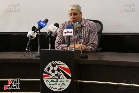 مؤتمر اتحاد الكرة (6)