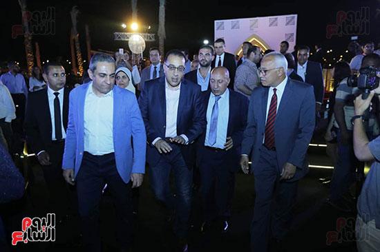 رئيس الوزراء يصل حفل تطوير مشروع حديقة الشيخ زايد (1)