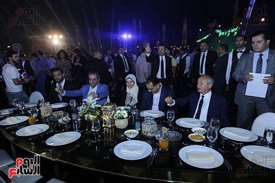 رئيس الوزراء يصل حفل تطوير مشروع حديقة الشيخ زايد (5)