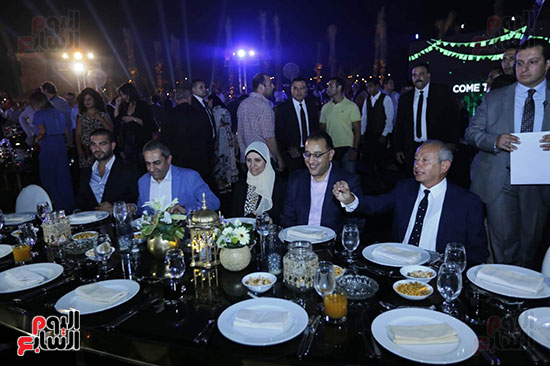 رئيس الوزراء يصل حفل تطوير مشروع حديقة الشيخ زايد (9)