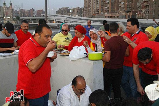 أول إفطار جماعى بمحور روض الفرج الجديد (29)