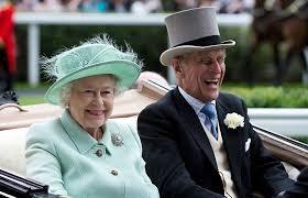 الملكة اليزابيث وزوجها (2)