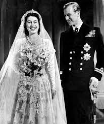 الملكة اليزابيث وزوجها (3)