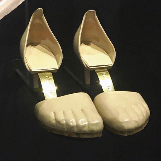 أبشع الأحذية فى العالم (5)