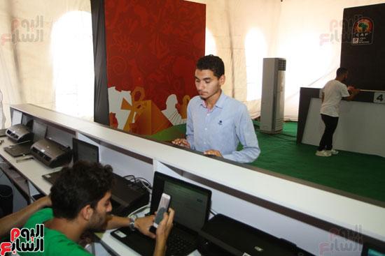 تسليم الـFAN ID وتذاكر أمم أفريقيا بمركز شباب الجزيرة (17)