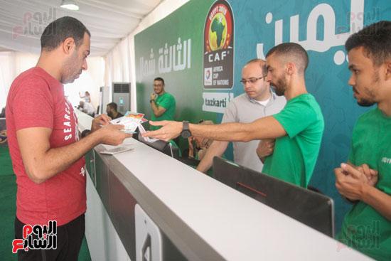 استلام تذاكر مبارايات كأس الأمم الأفريقية من منافذ تذاكر (18)