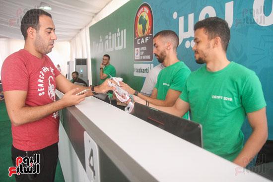 استلام تذاكر مبارايات كأس الأمم الأفريقية من منافذ تذاكر (22)