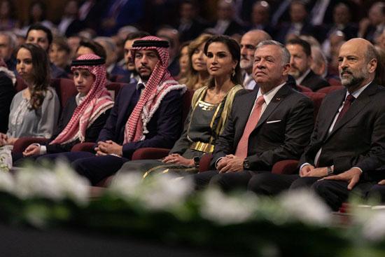 الملك عبد الله والملكة رانيا وولى العهد