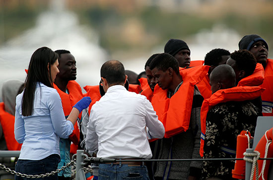انقاذ مهاجرين على سواحل مالطا