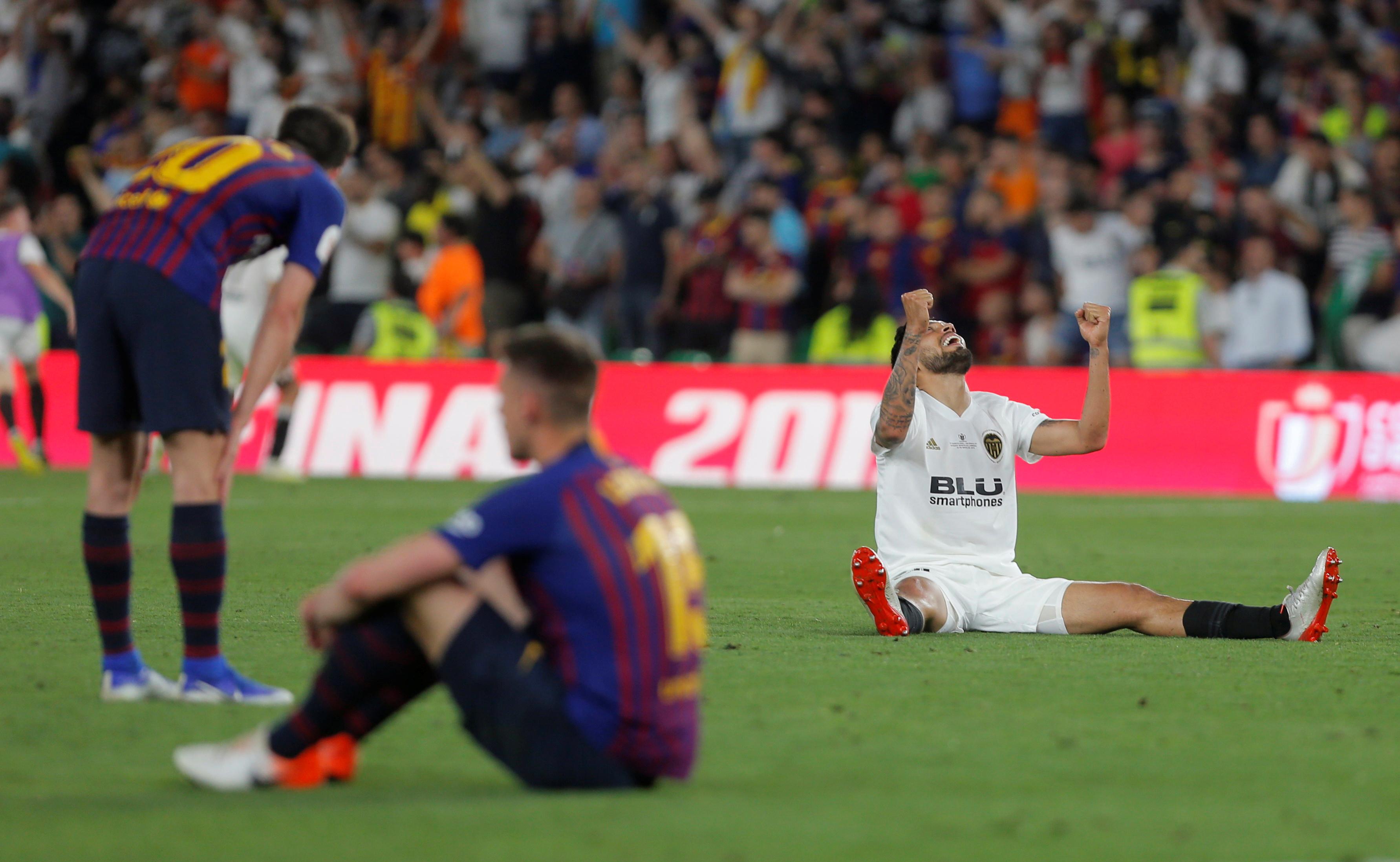 برشلونة ضد فالنسيا  (10)