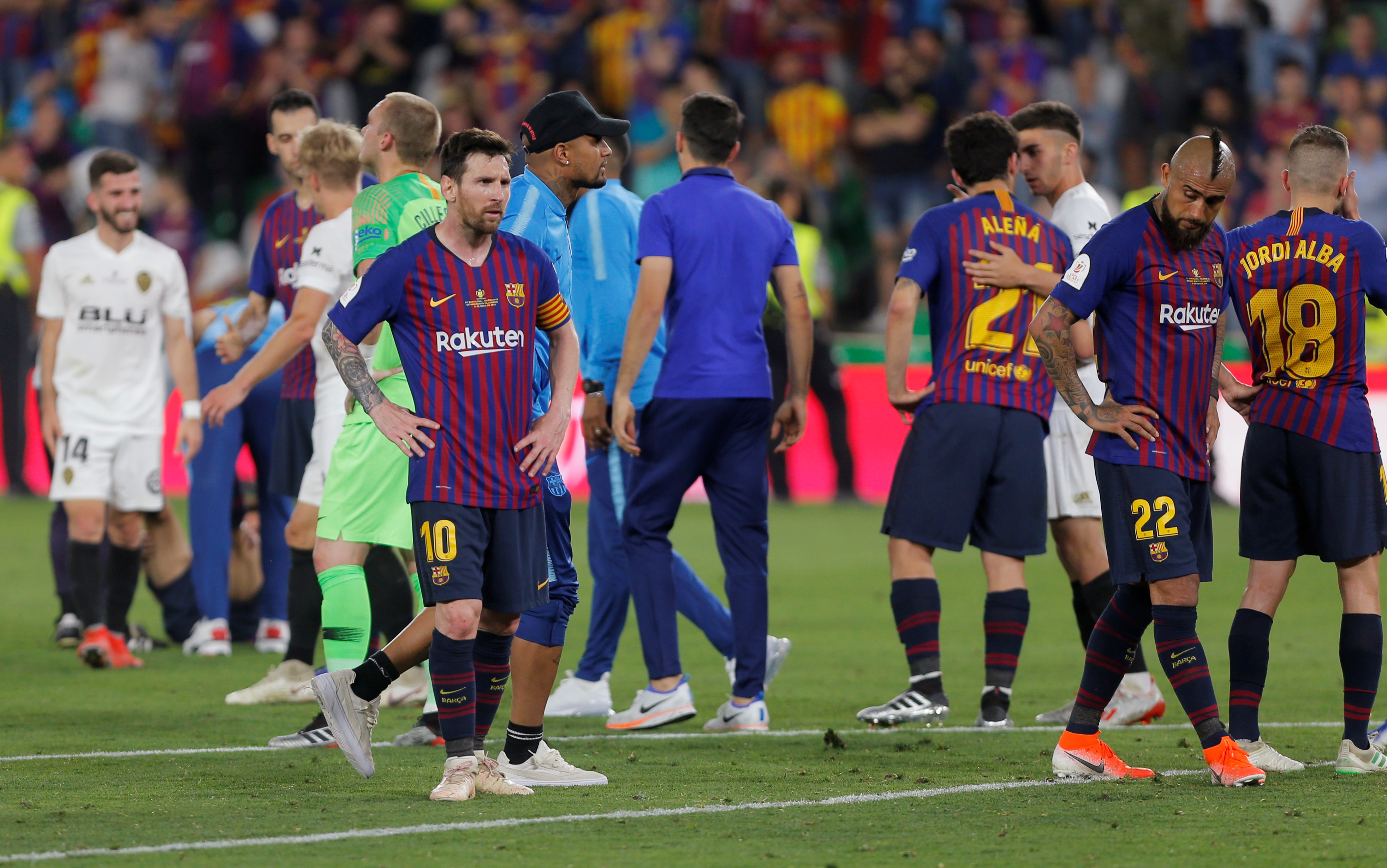 برشلونة ضد فالنسيا  (8)