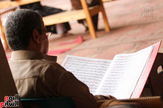 المعتكفون بمسجد عمرو بن العاص (6)
