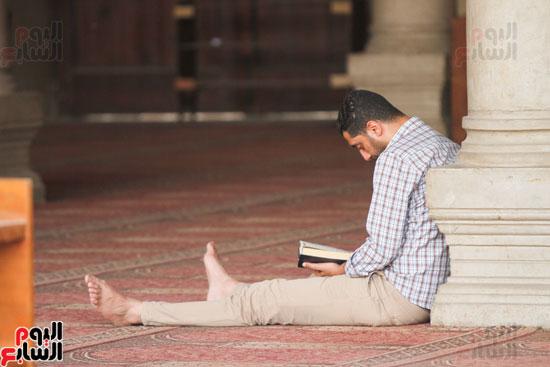 المعتكفون بمسجد عمرو بن العاص (16)