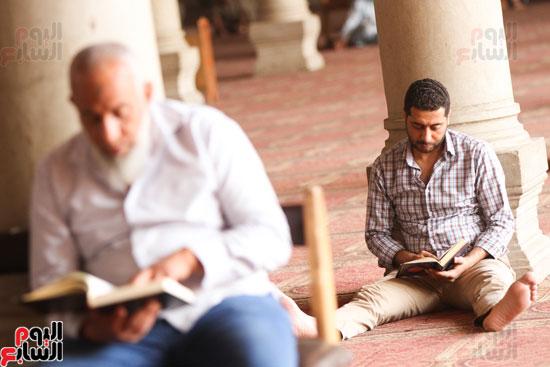 المعتكفون بمسجد عمرو بن العاص (7)