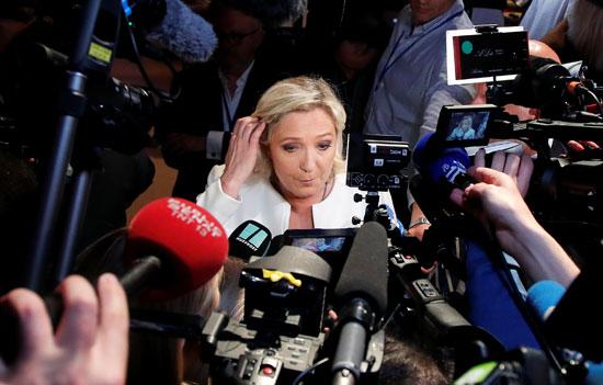 ماريان لوبان تؤكد فوزها على حزب ماكرو