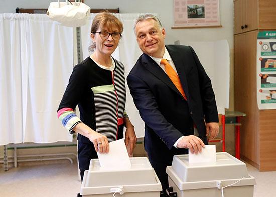 فيكتور أوربان وزوجته