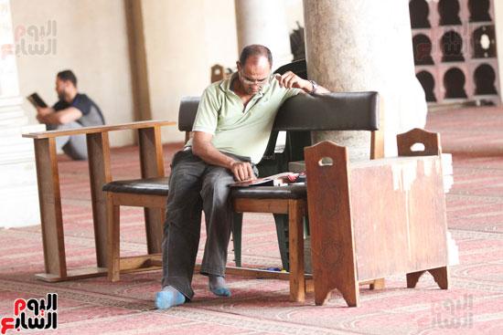 المعتكفون بمسجد عمرو بن العاص (11)