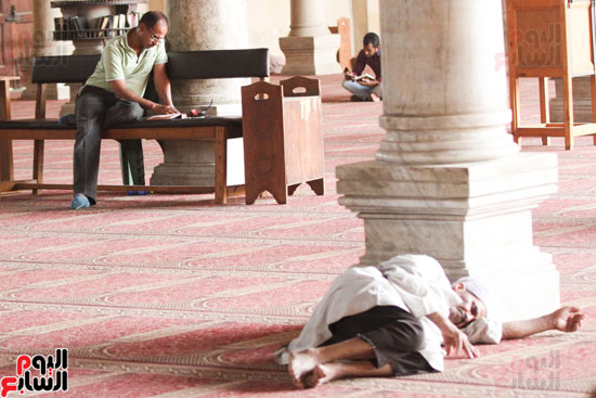المعتكفون بمسجد عمرو بن العاص (15)