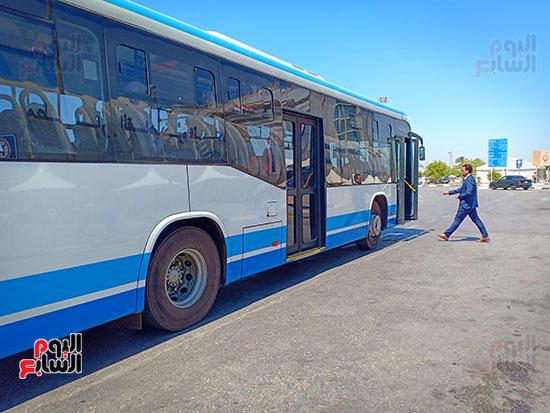 وسيلة-التنقل-داخل-مطار-القاهره-(4)