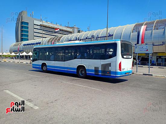 وسيلة-التنقل-داخل-مطار-القاهره-(3)