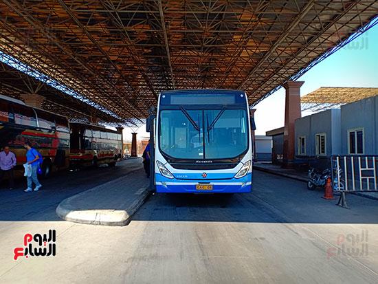 وسيلة-التنقل-داخل-مطار-القاهره-(1)