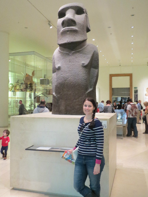 7948963-Easter-Island-Statue-at-the-British-Museum-0
