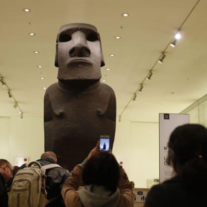 http___cdn.cnn.com_cnnnext_dam_assets_181121103757-british-museum-moai-4