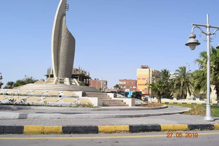 شاهد ميدان مسجد الميناء الكبير بالغردقة بعد تطويره وزراعته (6)