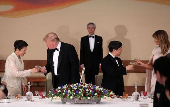 مأدبة عشاء رسمية بين الإمبراطور اليابانى ودونالد ترامب (3)