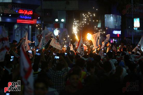 احتفالات جماهير الزمالك في شارع جامعة الدول العربية1 (33)