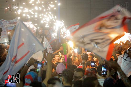 احتفالات جماهير الزمالك في شارع جامعة الدول العربية (21)