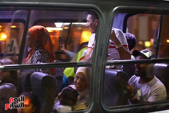 احتفالات جماهير الزمالك في شارع جامعة الدول العربية1 (27)