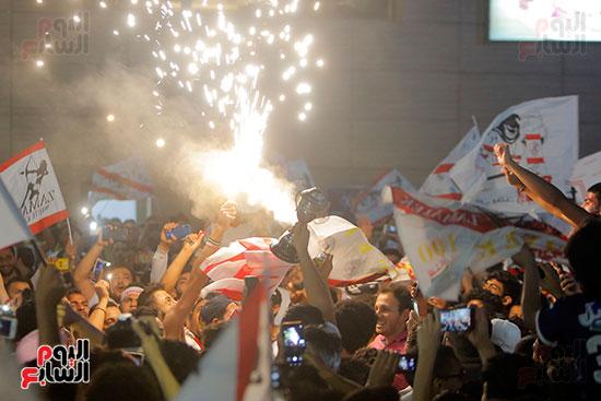 احتفالات جماهير الزمالك في شارع جامعة الدول العربية (22)