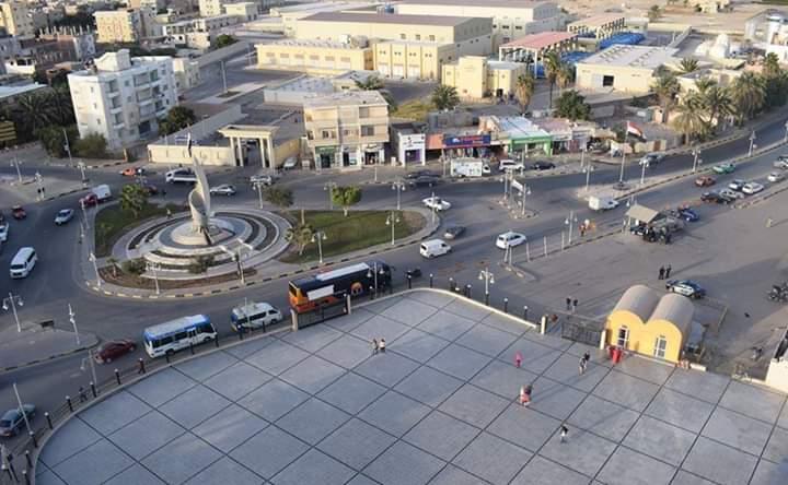 شاهد ميدان مسجد الميناء الكبير بالغردقة بعد تطويره وزراعته (4)